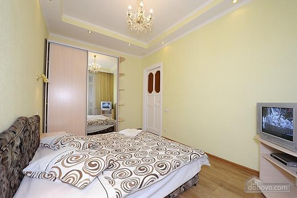 Квартира рядом с Крещатиком, 2х-комнатная (10643), 007