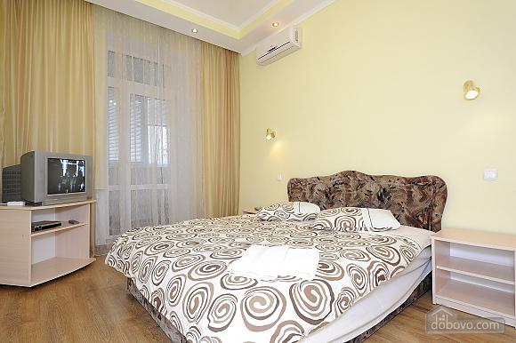 Квартира рядом с Крещатиком, 2х-комнатная (10643), 008