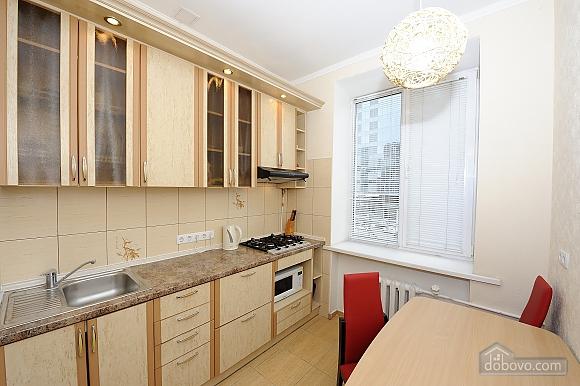 Квартира рядом с Крещатиком, 2х-комнатная (10643), 005
