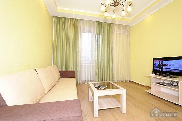 Квартира рядом с Крещатиком, 2х-комнатная (10643), 001