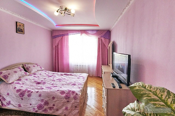 Apartment in the city center, One Bedroom (70473), 001