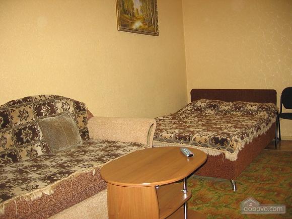 Apartment near Shevchenko street, Studio (69689), 001