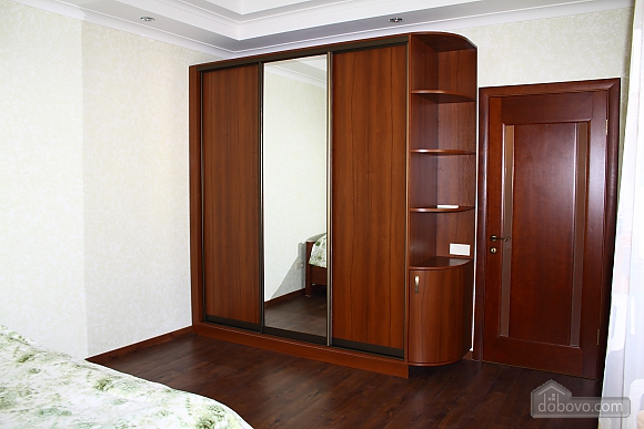 27 Бабушкина, 4х-комнатная (92732), 005