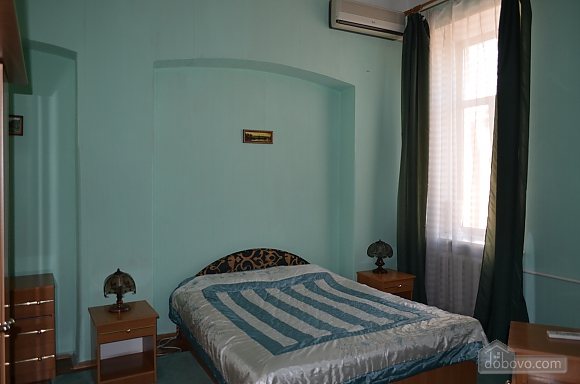 Квартира на вулиці Десятинній, 2-кімнатна (70348), 004
