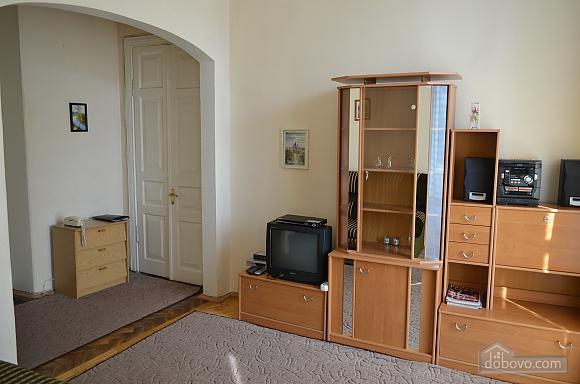 Квартира на вулиці Десятинній, 2-кімнатна (70348), 001