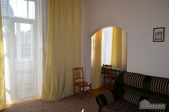 Квартира на вулиці Десятинній, 2-кімнатна (70348), 003