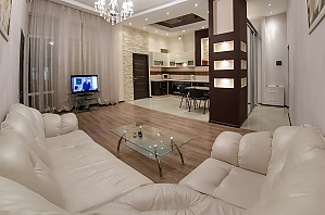 Квартира рядом с Университетом, 2х-комнатная, 001