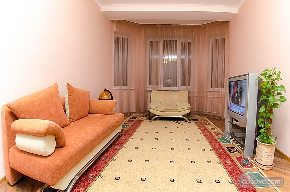 Квартира рядом с Крещатиком, 2х-комнатная (40197), 008