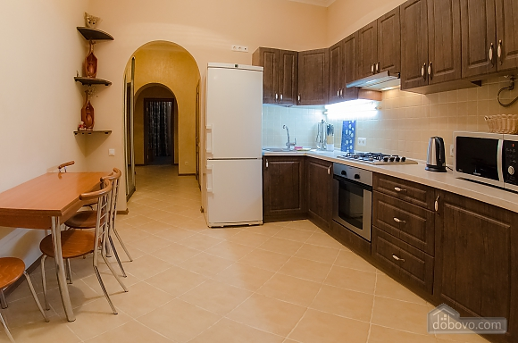 Квартира рядом с Крещатиком, 2х-комнатная (40197), 011
