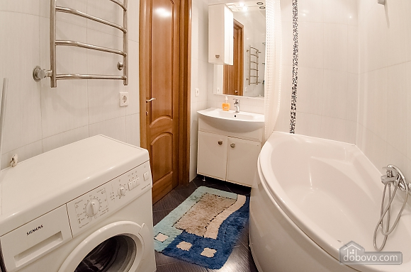 Квартира рядом с Крещатиком, 2х-комнатная (40197), 012