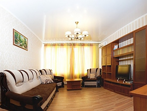 The apartment is near Olimpiiska station, One Bedroom, 002