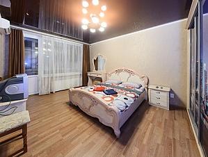 The apartment is near Olimpiiska station, One Bedroom, 001