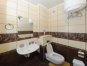 The apartment is near Olimpiiska station, Una Camera, 004