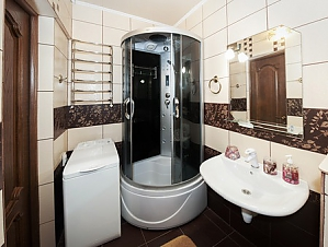 The apartment is near Olimpiiska station, One Bedroom, 005