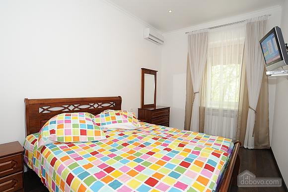 Квартира поряд з Хрещатиком, 2-кімнатна (61047), 009