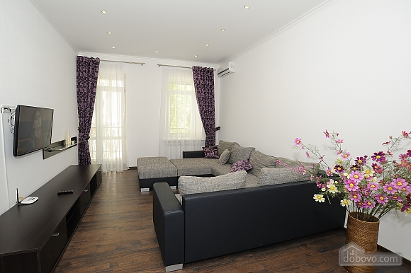 Квартира поряд з Хрещатиком, 2-кімнатна (61047), 001