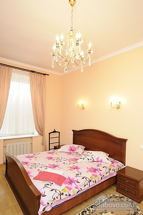 Apartment on Khreschatyk, Two Bedroom (77320), 005