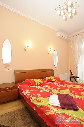 Apartment on Khreschatyk, Two Bedroom (77320), 024