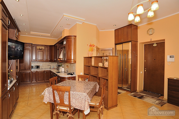 Apartment on Khreschatyk, Two Bedroom (77320), 013