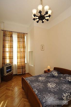 Квартира рядом с Крещатиком, 3х-комнатная (13464), 015