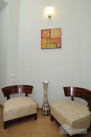 Квартира рядом с Крещатиком, 3х-комнатная (13464), 008