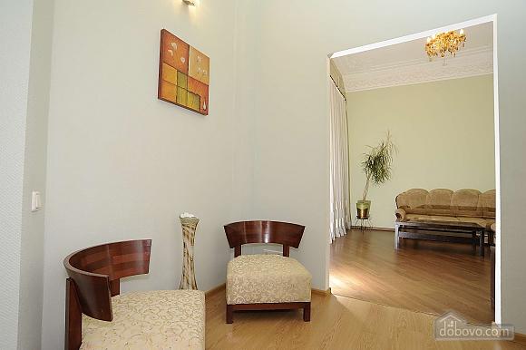 Квартира рядом с Крещатиком, 3х-комнатная (13464), 007