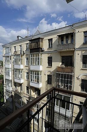 Квартира рядом с Крещатиком, 3х-комнатная (13464), 028