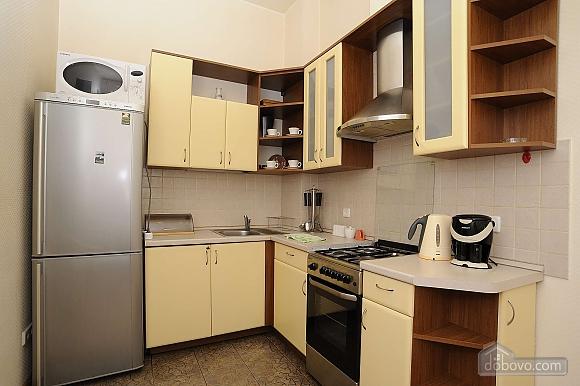 Квартира рядом с Крещатиком, 3х-комнатная (13464), 010
