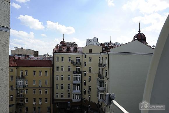 Квартира рядом с Крещатиком, 3х-комнатная (13464), 032