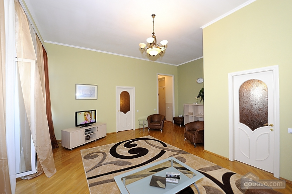 Apartment close to the Metro Ploshcha Lva Tolstogo, Un chambre (22962), 002