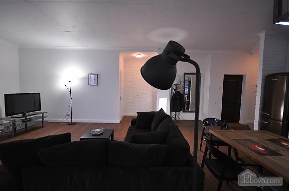 Ультрасучасна квартира з терасою і видом на море, 3-кімнатна (98733), 002