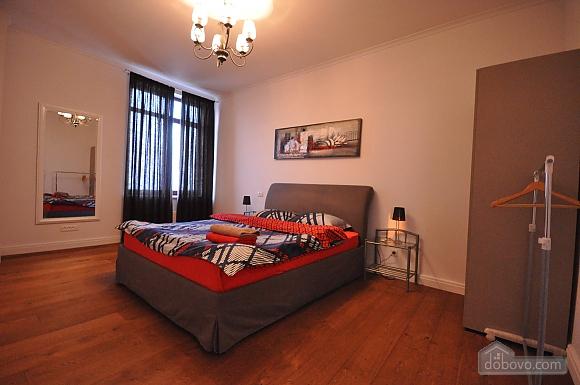 Ультрасучасна квартира з терасою і видом на море, 3-кімнатна (98733), 014