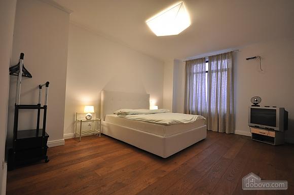 Ультрасучасна квартира з терасою і видом на море, 3-кімнатна (98733), 021
