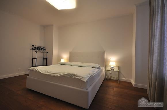 Ультрасучасна квартира з терасою і видом на море, 3-кімнатна (98733), 022