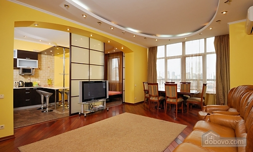 VIP apartment in elite house with exclusive service, Zweizimmerwohnung (72130), 002
