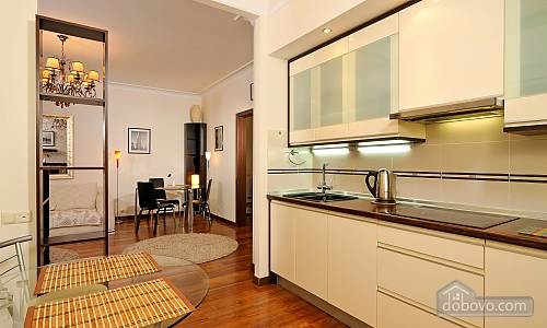 VIP apartment in elite house with exclusive service, Zweizimmerwohnung (31525), 002