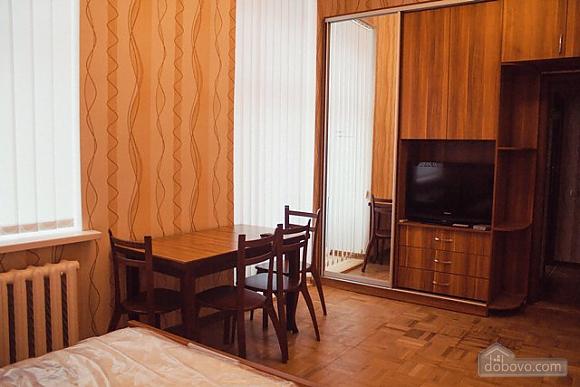 Studio apartment on Antonovycha (635), Studio (11258), 018