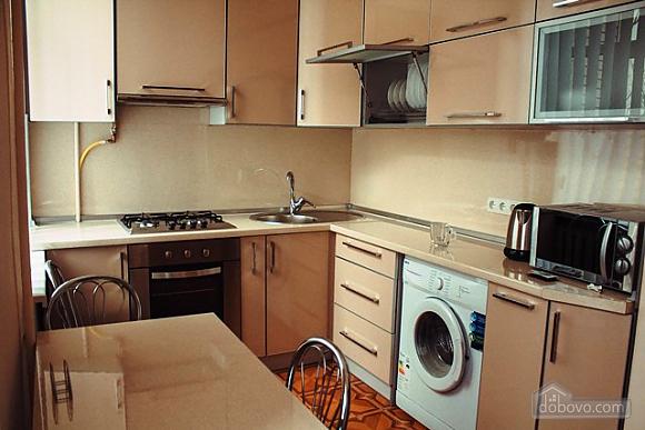 Studio apartment on Antonovycha (635), Studio (11258), 019