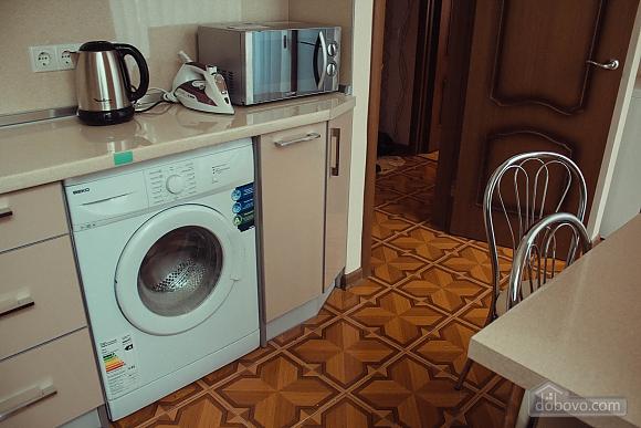Studio apartment on Antonovycha (635), Studio (11258), 021