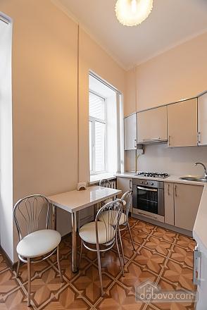 Studio apartment on Antonovycha (635), Studio (11258), 002