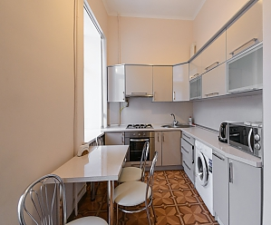 Studio apartment on Antonovycha (635), Studio, 003