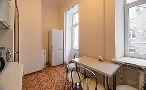 Studio apartment on Antonovycha (635), Studio, 004