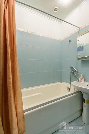Studio apartment on Antonovycha (635), Studio (11258), 012