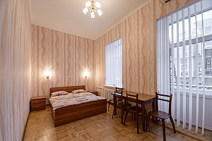 Studio apartment on Antonovycha (635), Studio, 001