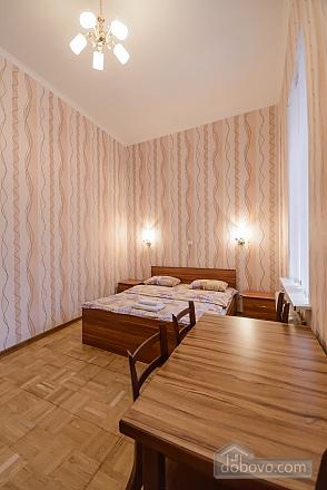Studio apartment on Antonovycha (635), Studio (11258), 008