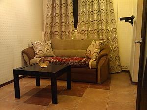 Затишні апартаменти біля Holiday, 2-кімнатна, 004