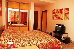 Квартира в самом центре на двоих, 1-комнатная, 001