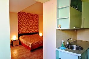 Квартира в самом центре на двоих, 1-комнатная, 011