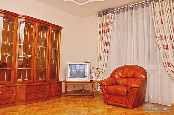 Big apartment next to railway station, Two Bedroom (26236), 002