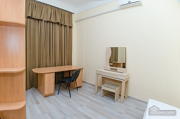 Apartment in the city center, One Bedroom (51548), 006